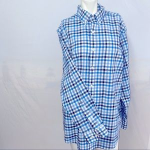 LL Bean Wrinkle Free Traditional Fit Button Down M